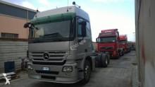 camión Mercedes Actros 2550