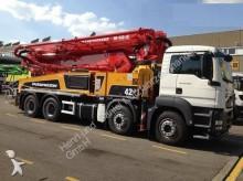 camion MAN TGS 41400 8X4 Putzmeister 42m Pumpe