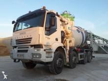 camion Iveco Trakker 410