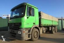 camión volquete para cereal Mercedes