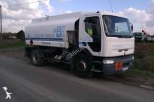 camion citerne hydrocarbures Renault