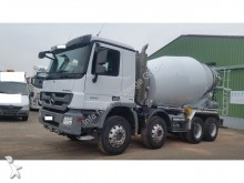 camión Mercedes 3241 B-8x6- Liebherr 9m³- Fliessmittelanlage