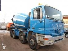 camion Mercedes 3235/8x4/ Liebherr 9 m3