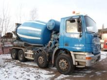 camion Mercedes 3240/8x4/ 9 m3