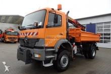 camión Mercedes ATEGO 1828 Euro3 4x4 Kipper Kran Palfinger 9501