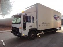 camión Volvo FL612