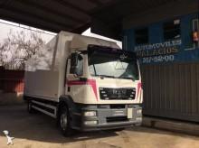 camión MAN TGM 18.250 BL