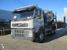 camion Volvo FM12.360 BB 6X4 - INTERMIX
