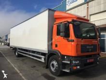 camion MAN TGM 18.330