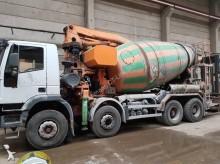 camion Iveco Trakker