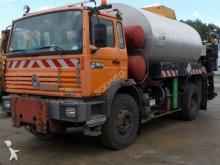 camion cisterna polverulenti Renault