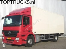 camión Mercedes Actros 1836 CLOSED BOX + TAIL LIFT