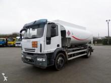 camion citerne hydrocarbures Iveco