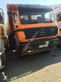 camión Mercedes 2631 kipper