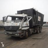 camion polybenne accidenté