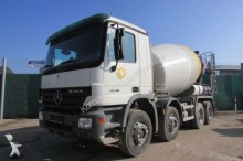 camion Mercedes Actros 3236 8x4 BB - Stetter 9 m³