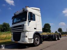 camión DAF XF 105.460 6x2 Euro 5
