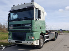 camion DAF XF 95.430 Manual blad/steel 10 wheels