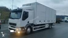 camión Volvo FL240