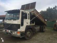 camion Volvo FS7 250