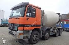 camion cisterna polverulenti Mercedes