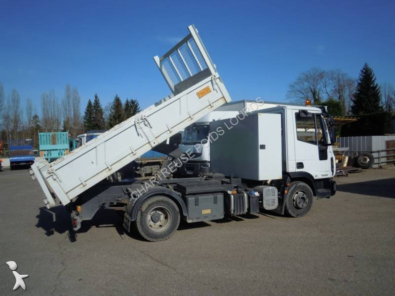 Camion iveco benne eurocargo 90e22 4x2 euro 5 occasion n for Porte universelle benne