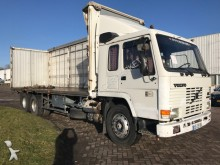 camion Volvo FL 7 6x2 10 TRYES