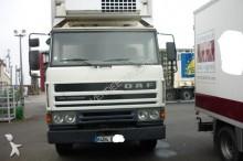 camión DAF FA45 210