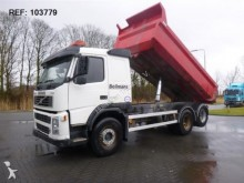 camión Volvo FM9.300 DUMPER MANUAL FULL STEEL EURO 3