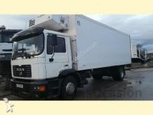 camión MAN 18285