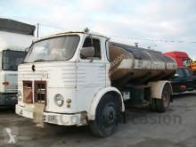 camión cisterna Pegaso