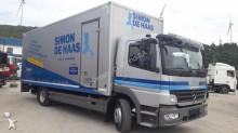 camião isotérmico Mercedes usado