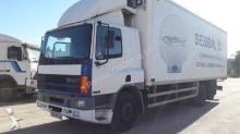 camião isotérmico DAF usado