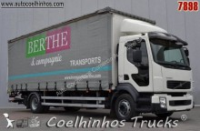 camião caixa de cortinas Volvo usado