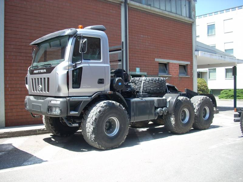 Used astra hd8 chassis truck 66 48 6x6 euro 5 n 430378