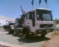 vrachtwagen Volvo FL6 240
