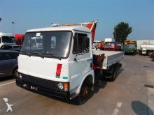 Vedere le foto Camion Fiat 75OM10