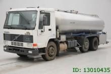 camión Volvo FL 10.360 - 6X2