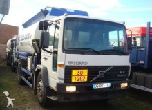 camion citerne hydrocarbures Volvo occasion