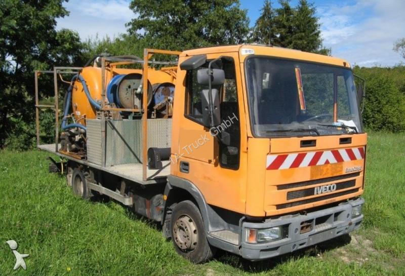 photos engin de voirie iveco camion hydrocureur iveco. Black Bedroom Furniture Sets. Home Design Ideas