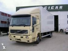 camião Volvo FL6 612