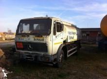 camion cisternă hidrocarburi Mercedes second-hand