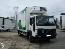 camião Volvo FL6 615