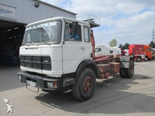 camión Iveco Unic P220 AM (FULL STEEL SUSPENSION)