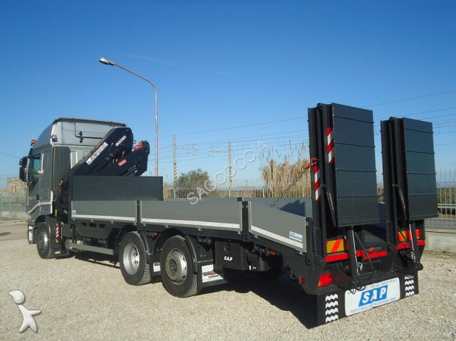camion Iveco Stralis STRALIS AS 260S42 GRU + PIANALE CARRELLONE RAMPE