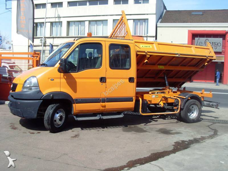 Camion renault tri benne marrel mascott dxi gazoil for Garage renault saint denis