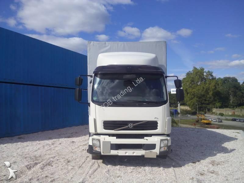 Immagini relative a cassoni centinati per camion