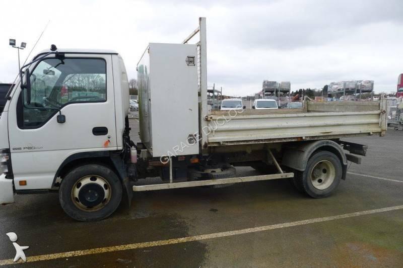 camion isuzu benne n series 4x2 gazoil euro 4 occasion n 1602570. Black Bedroom Furniture Sets. Home Design Ideas
