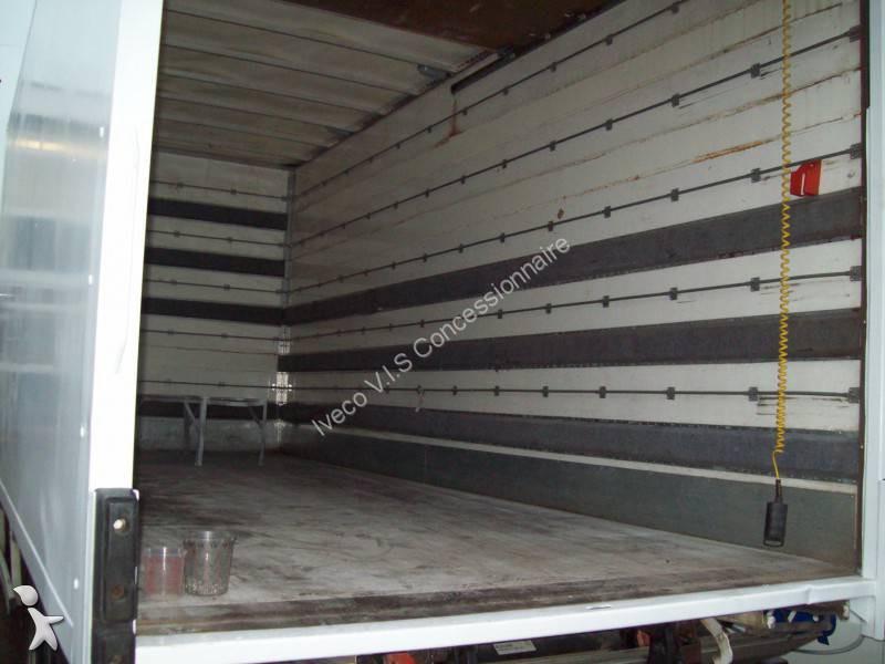 tweedehands vrachtwagen iveco bakwagen eurocargo 80e18 4x2. Black Bedroom Furniture Sets. Home Design Ideas