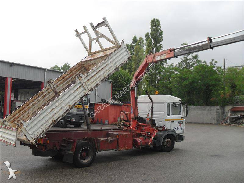 Camion renault ribaltabile trilaterale gamme s 180 4x2 for Garage martel grigny